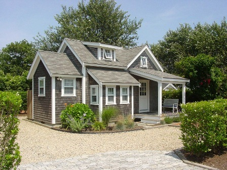Home architecture style regional or not zillow research for Tiny house cottage style
