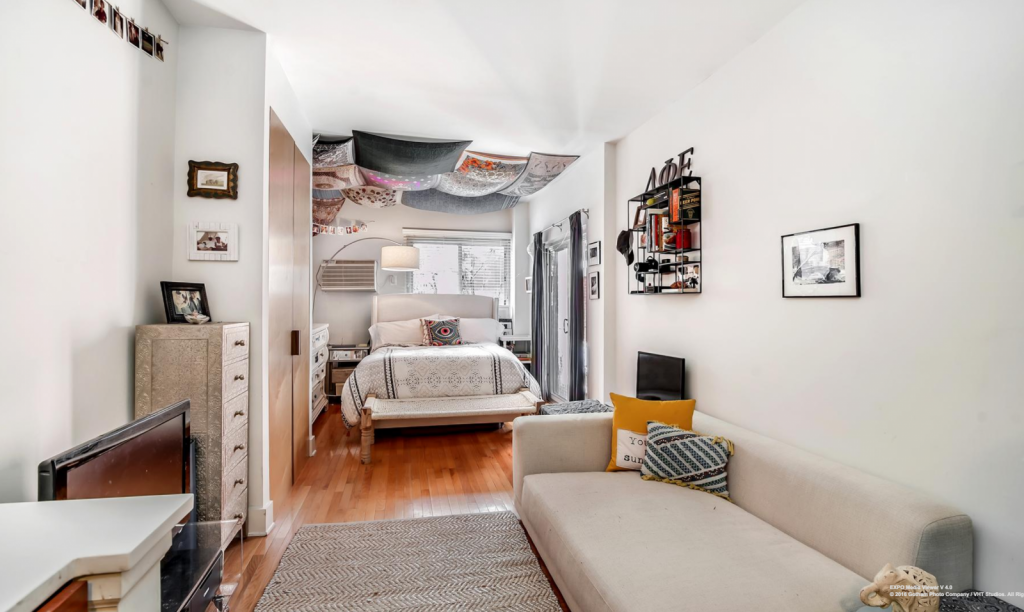 6 tips on living in a studio apartment streeteasy for Minimalist apartment nyc